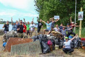 Ponad tona śmieci zebrana z Plaży Mieleńskiej wspólnie z Prezydentem Szczecina