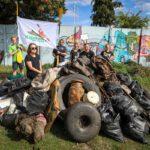Ponad 700 kg śmieci wydobyte z Parnicy!